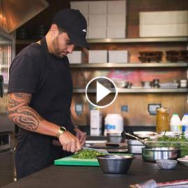 مطعم يصنع وجباته من أجزاء طعام مصيرها النفايات