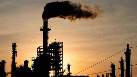 بعد نكسة 20 أبريل.. برميل النفط الأميركي يرتفع 30 بالمئة