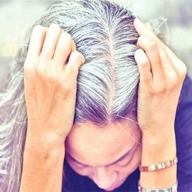 ما حقيقة أن الشعر يشيب ويتحول للأبيض من الخوف والصدمات؟!