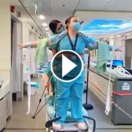 فيديو طريف: أطباء وممرضات يخففون التوتر بأداء مشهد تمثيلي من فيلم تيتانيك