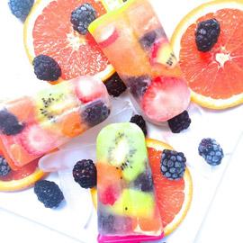 مثلجات الفاكهة بماء جوز الهند