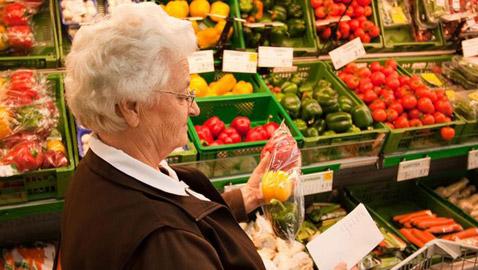 تحمي من الخرف والزهايمر... 9 أطعمة تحافظ على صحة الدماغ