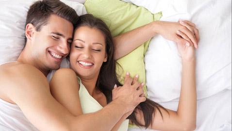 أشياء تمنحك السعادة في الزواج.. من بينها الأطفال