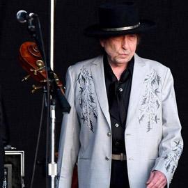 عودة الأسطورة.. بوب ديلان يطلق ألبوما جديدا بعد غياب طويل