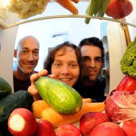 بالصور ـ لغز العلاقة الغامضة بين الغذاء والسعادة!