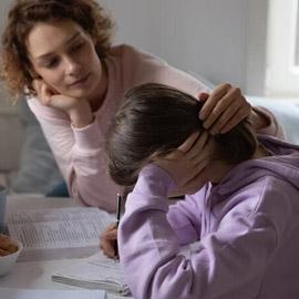 علامات تشير إلى أن المراهق مصاب بالقلق النفسي