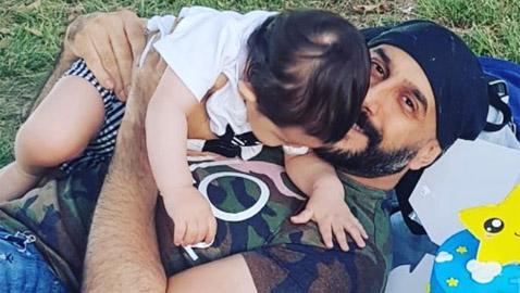 صور: قصي خولي يحتفل مع زوجته التونسية بعيد ميلاد ابنهما