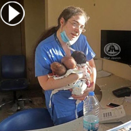 بالفيديو والصور: صورتها خطفت القلوب.. ممرضة حضنت 3 رضع فوق الجثث  ..