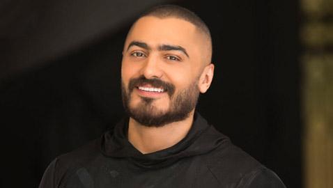 مخرج سوري يرفع دعوى قضائية ضد تامر حسني بتهمة النصب.. ما القصة؟