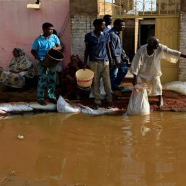 أسباب أخرى.. لماذا اجتاحت الفيضانات منازل فقراء السودان؟