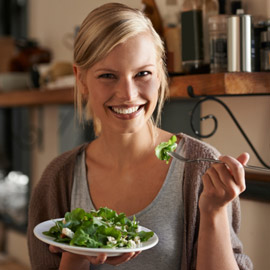 لا تصدق كل ما تسمعه.. 5 خرافات شائعة عن النظام الغذائي الصحي