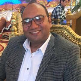 فقد عائلته بغضون أيام ثم توفي.. كورونا يودي بحياة أسرة مصرية كاملة!