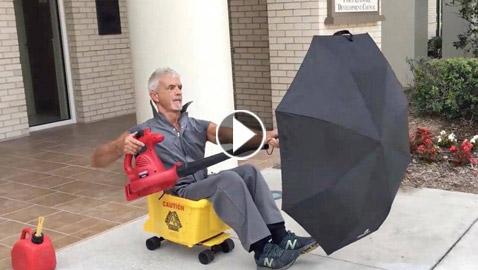 فيديو رجل فلوريدا بشعل الإنترنت.. يتحرك بشكل مذهل