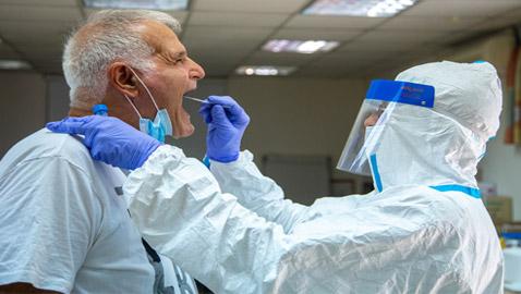 قفزة غير مسبوقة.. نصف مليون إصابة بفيروس كورونا في يوم واحد