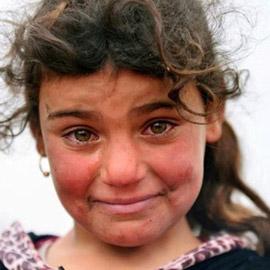 صورتها هزت مشاعر الملايين.. هل تذكرون موناليزا الموصل؟