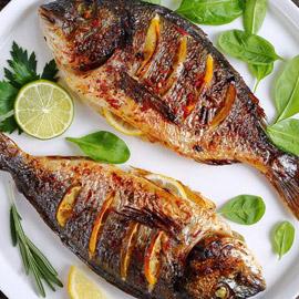 تناولوا السمك 3 مرات أسبوعياً يقلل خطر الإصابة بهذا المرض