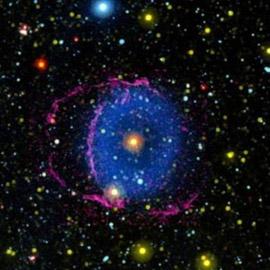 أخيرا.. علماء الفلك يفكون لغز السديم الأزرق