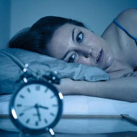 تستيقظ ليلا؟ إليك أفضل الطرق للعودة إلى النوم بغضون 10 دقائق أو أقل!