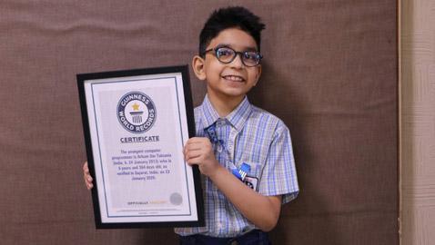 طفل هندي (6 سنوات) يدخل موسوعة غينيس كأصغر مبرمج كمبيوتر بالعالم