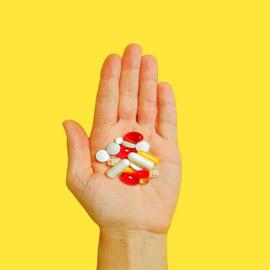 أفضل المكملات الغذائية لكبار السن 4 فيتامينات ومعادن هامة لمن هم  ..