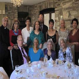 أصغرهم يبلغ 75 عاما! أسرة تدخل موسوعة غينيس لأعلى مجموع أعمار أفرادها