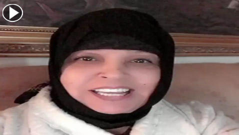 بعد وعكتها الصحية: هل ارتدت فيفي عبده الحجاب؟