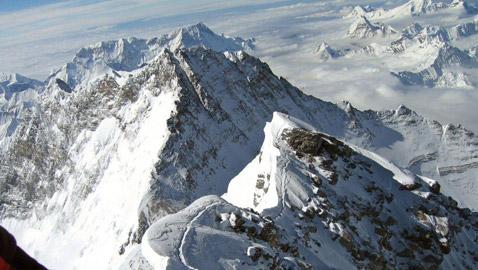 بالصور.. تعرفوا أعلى جبال في العالم