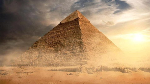 تعرفوا إلى أسرار وغرائب الأهرامات المصرية التي يلفها الغموض