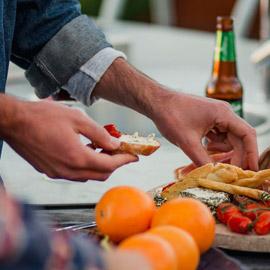 دراسة تكشف علاقة غريبة بين طول أصابع اليد وتفضيلات الطعام!
