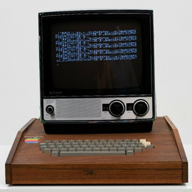 عرض كمبيوتر آبل نادر عمره 45 عاما للبيع بـ1.5 مليون دولار! صور