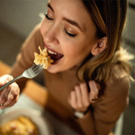 إليكم طعام السعادة لتكن منافع كل وجبة للدماغ والمزاج وليس فقط المعدة