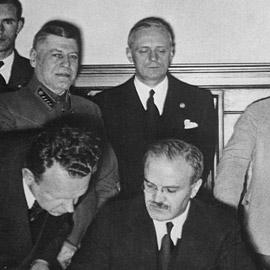 بهذه الخطة.. حاولت فرنسا وبريطانيا شل الاتحاد السوفيتي