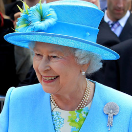 ماذا قالت الملكة إليزابيث البريطانية عن لقاح كورونا الذي تلقته؟
