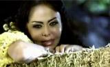 فيديو كليب سيلينا - اغنية شمع الأحمر
