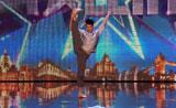 الرقص المعاصربعيدا عن الروتين -رائع