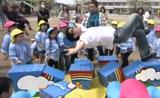 خدع سحريه رائعة مع الأطفال تفرح قلوبهم