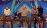 فرقة رقص عجيبة غريبة لرجال ببرنامج المواهب