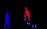 فرقة الرقص ترقص في الظلام UDI... ممتع